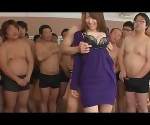Yui Hatano Vs 50 men