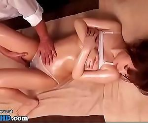 Japanese 18yo massage turned..